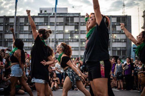 Marcha por el 8M en Paraná, Entre Ríos, Argentina - Justicia por Fátima Acevedo (Paula Kindsvater / CC BY-SA (https://creativecommons.org/licenses/by-sa/4.0))