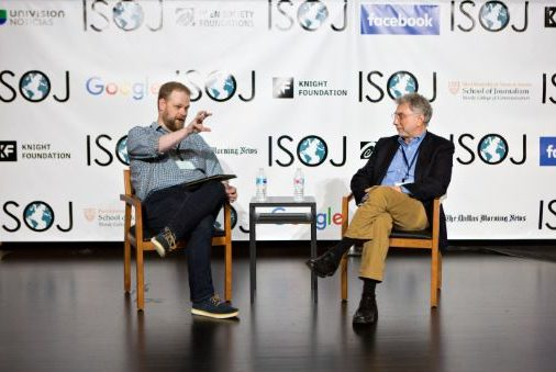 The Nieman Lab's Josh Benton interviews keynote speaker Marty Baron, executive editor of The Washington Post, at ISOJ 2018. (Mary Kang/Knight Center)