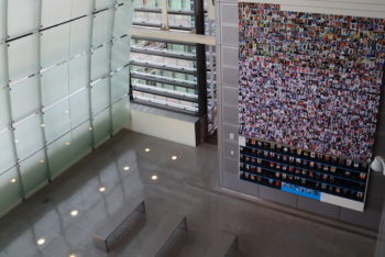 The Journalists Memorial at the Newseum holds the names of press professionals who were killed while working. (Photo by Don McCullough is licensed under CC BY 2.0)
