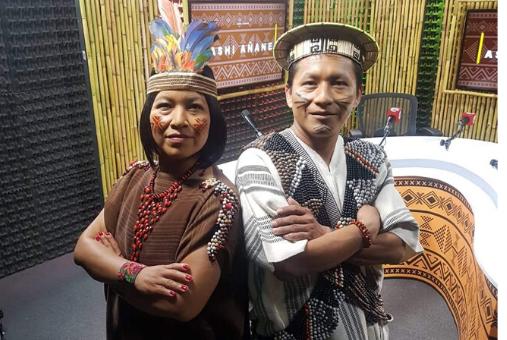 Hosts of Ashi Añan