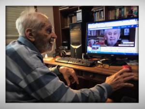 Aos 100 anos, Fernandes escreve diariamente no seu blog e perfil do Facebook. Foto: cortesia