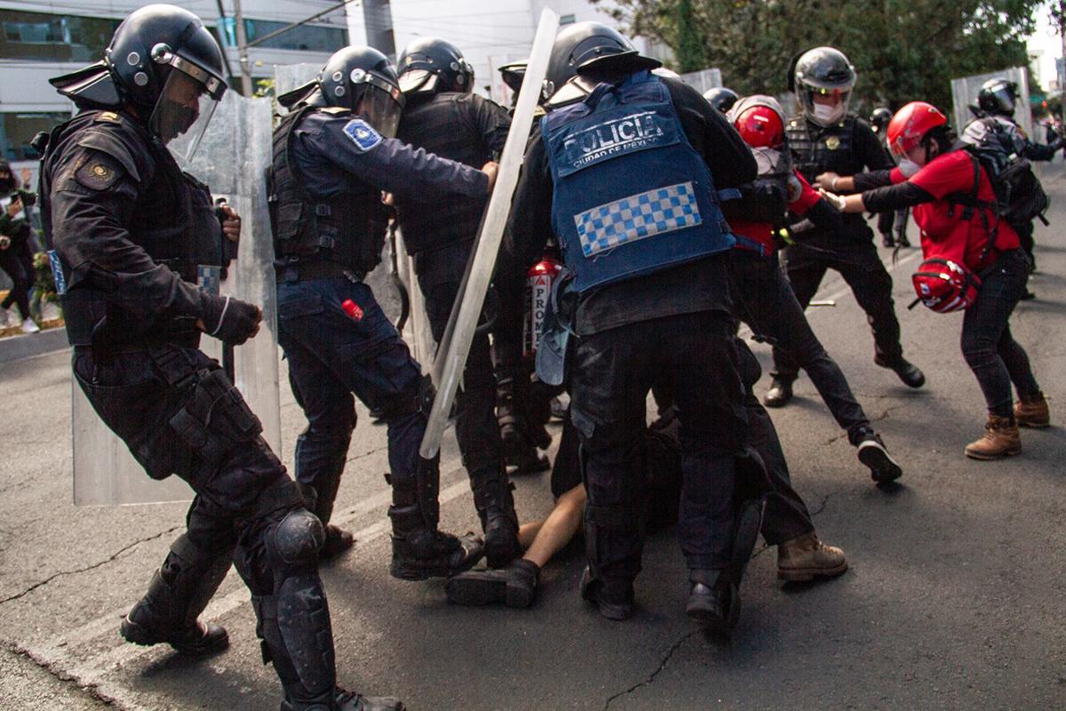 Fotos protesta Andrea Murcia México