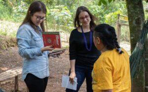 Journalists Anna Beatriz Anjos and Giulia Afiune, from 'Agência Pública', interview Julieta Paredes, an indigenous activist from Bolivia.