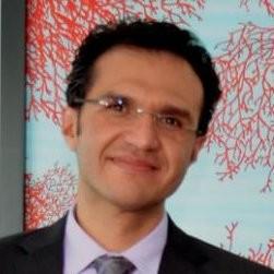 Alejandro Martín del Campo participou de pesquisa que fala sobre receita vinda de leitores