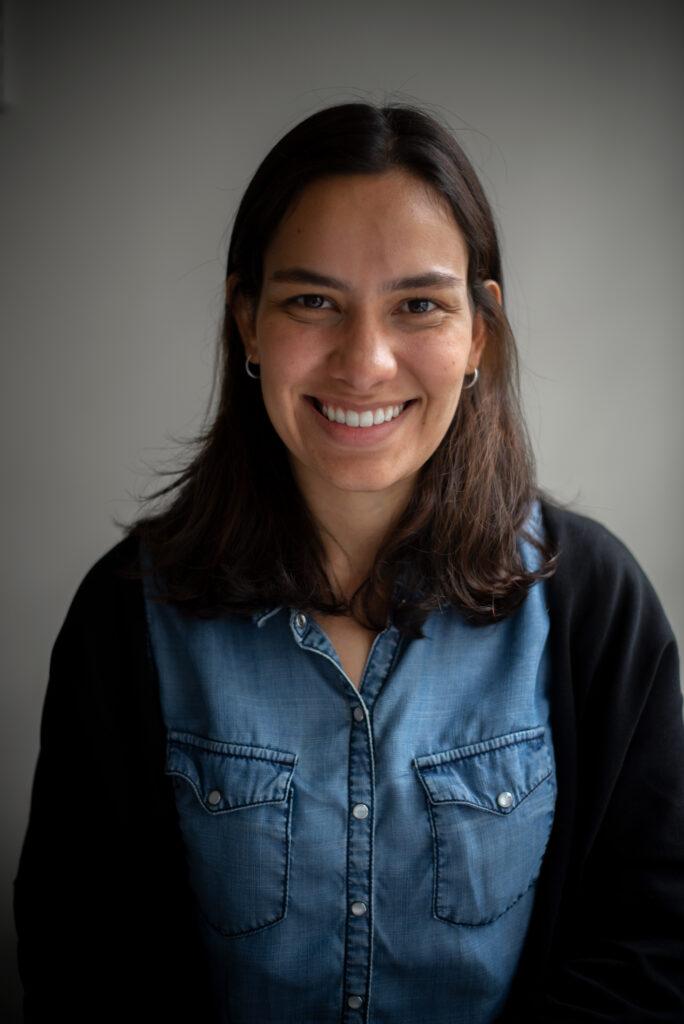 Carolina Arteta de Consonante, medio de Colombia.