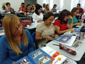 Formación de profesores y líderes en el programa Escravo, nem pensar! de Repórter Brasil.
