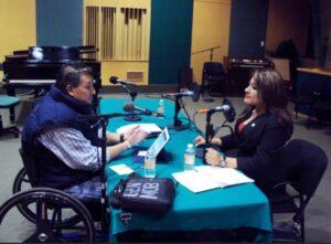 Rafael Ortega conduz entrevista. (Cortesia)